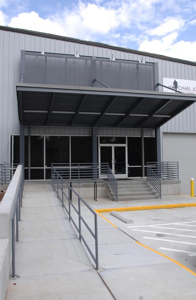 Michael Jordan Collision Center - New Entrance