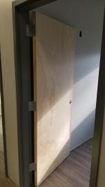 Wake_Spine_2018-01-06_Door